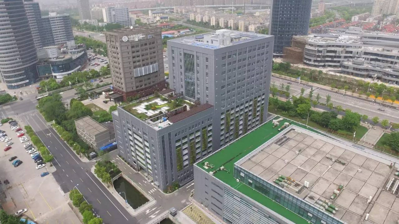 BIM技术在预制装配式建筑设计中的应用—-南通政务中心停车综合楼BIM设计总结