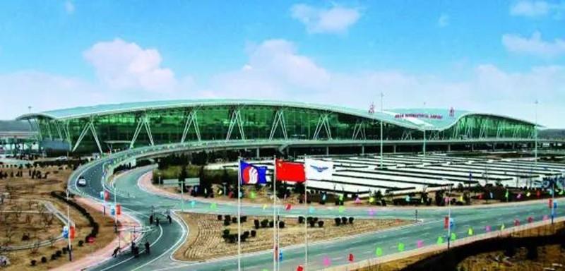济南机场到济南火车站有机场专线么?或者机场大巴?